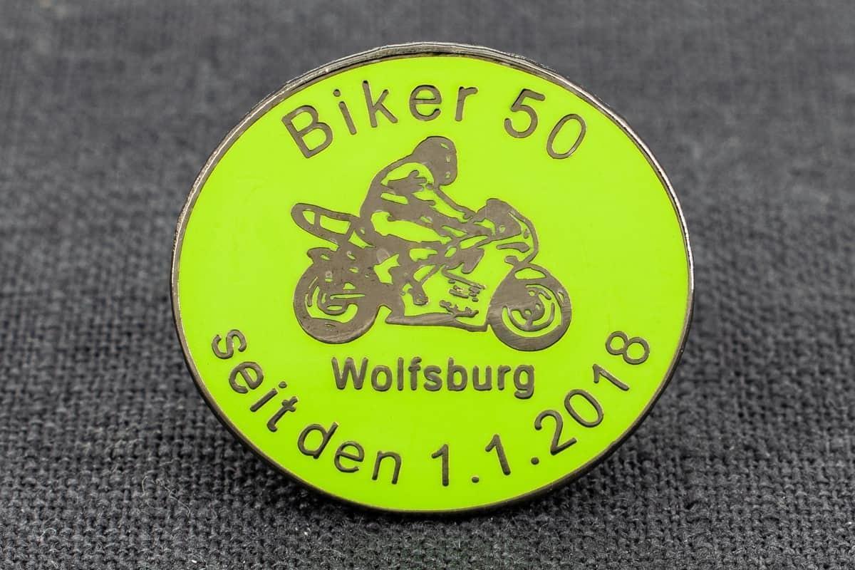 pin-anstecker hartemaille biker wolfsburg